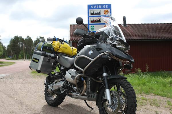 Crossing the border to Sweden